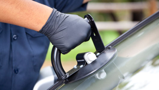 We fix broken windshields in Orlando